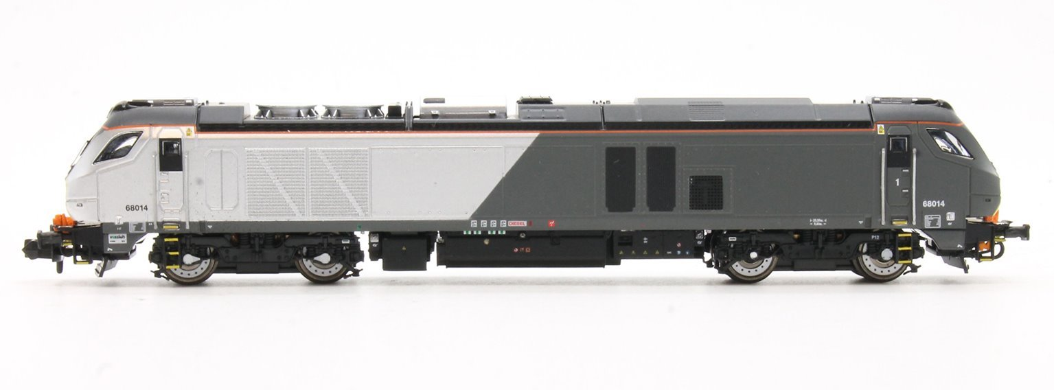 Class 68 68014 in Chiltern livery DCC Fitted