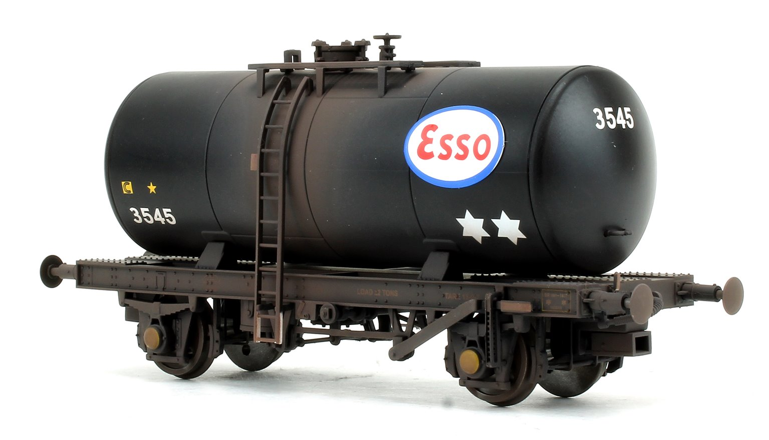 Class 33 D6580 BR Green (FYE) Locomotive with 4x late 1960s ESSO 'B' tank wagons (WEATHERED)