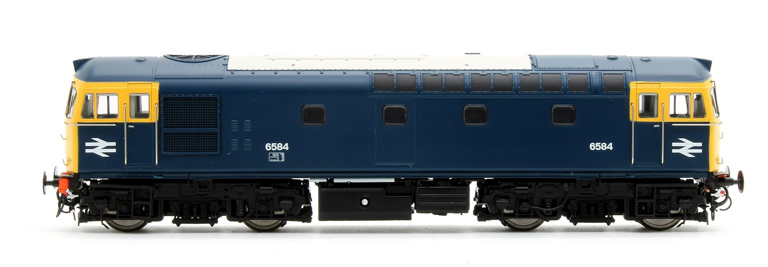 Class 33/0 'Crompton' D6584 BR Blue (FYE) and 4 Esso B Tanks - Fawley Tank Pack