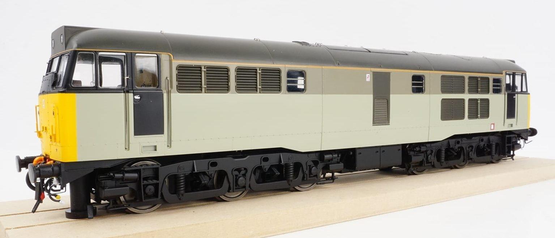 Class 31/1 Railfreight Sector grey unbranded Diesel Locomotive