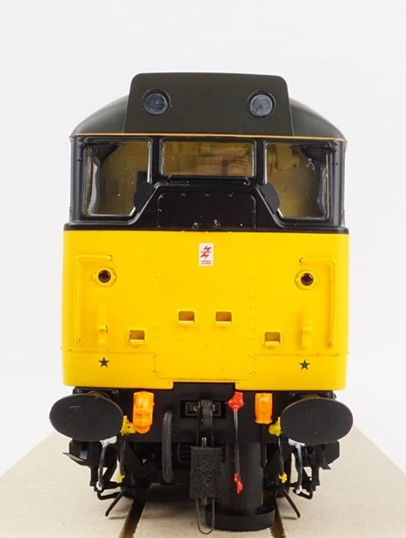 Class 31/1 Railfreight grey/yellow Diesel Locomotive