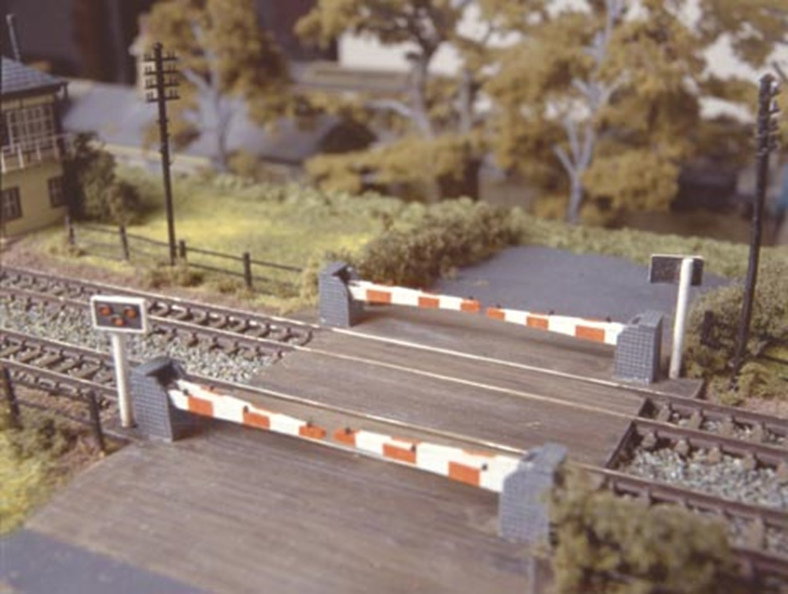 Level Crossing with barriers