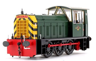 Hunslet Class 05 BR Green with Wasp Stripes (Early) Shunter Locomotive