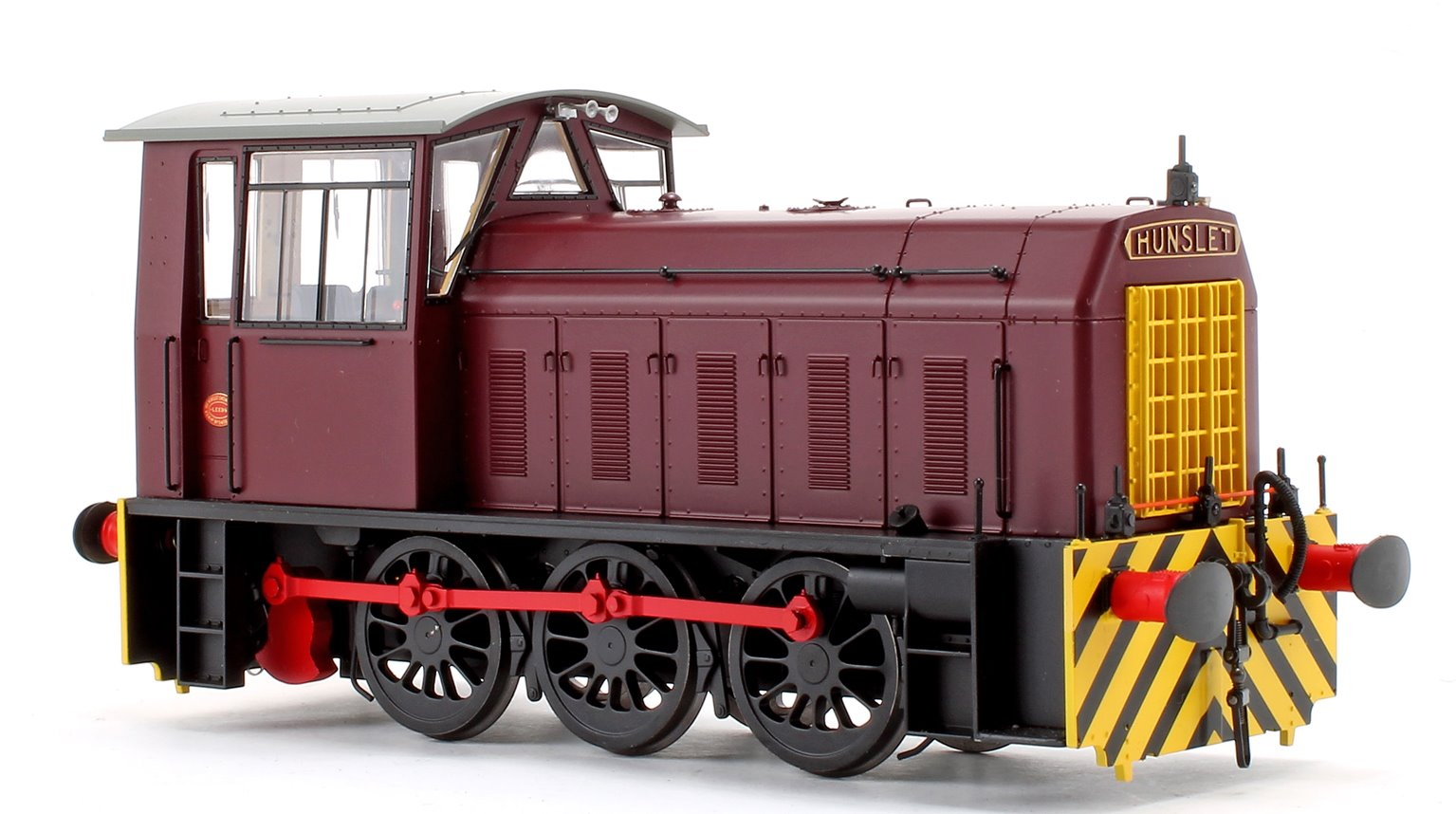 Hunslet BR Class 05 Industrial Maroon w/Wasp Stripes Shunter Locomotive