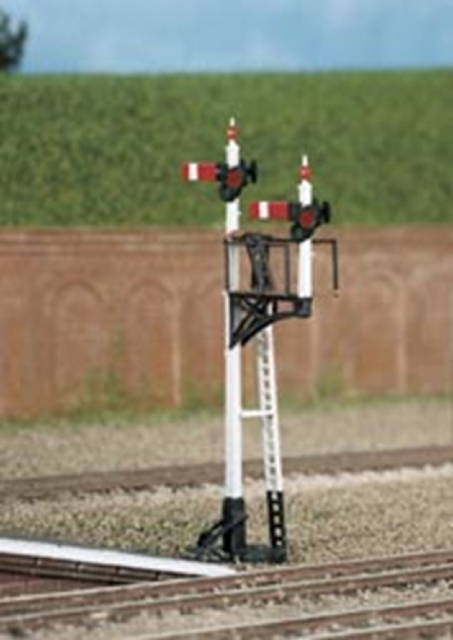 Lower Quad. Junction or Bracket (Home or District) Signal Kit