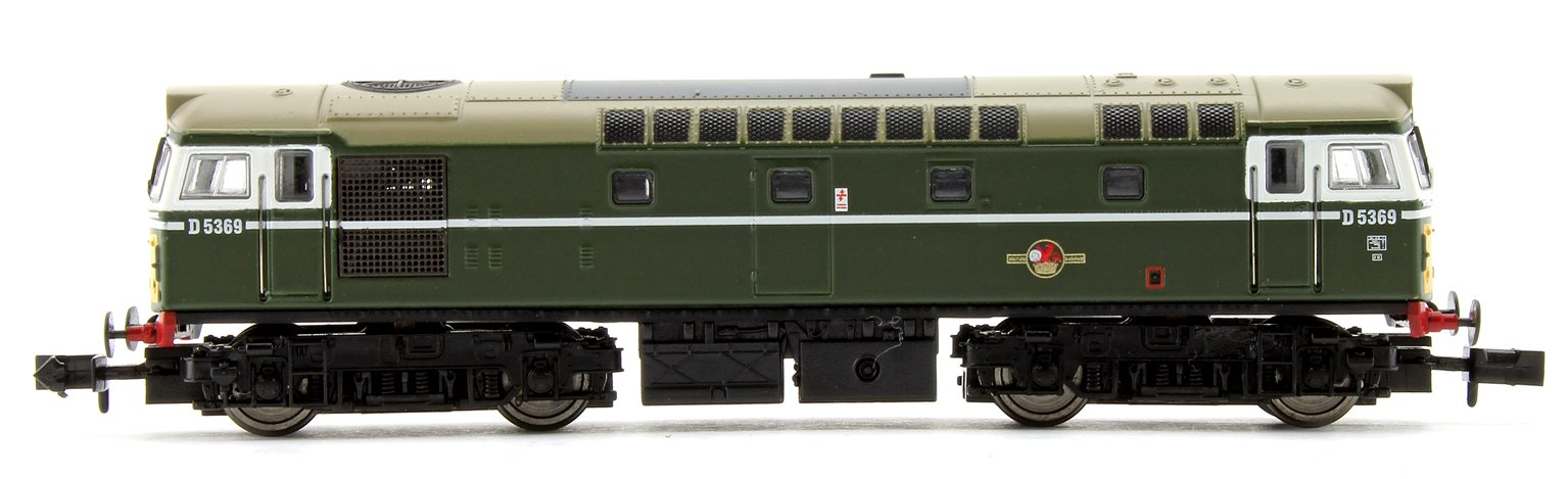 Class 27 #D5369 BR Green Small Yellow Panel Diesel Locomotive (Unpowered Dummy car)