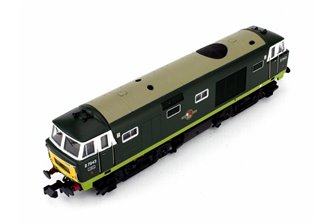 Hymek D7043 Two Tone Green BR Late Crest SWP - DCC Fitted