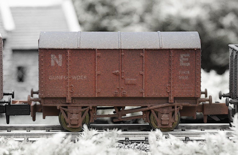 NE Gunpowder Van - Weathered