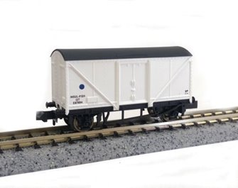 Dapol 2F-019-008 Blue Spot Fish Van (white) #E87948