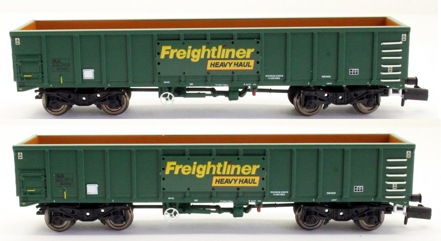MJA Freightliner Heavy Haul Box Van Twin 502003 & 502004