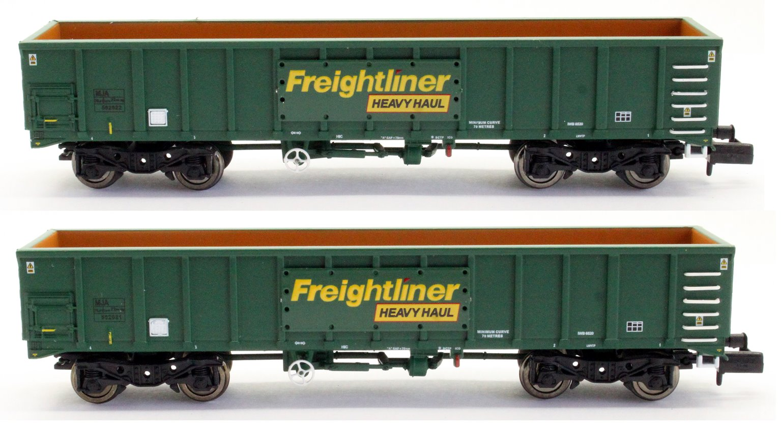 MJA Freightliner Heavy Haul Box Van Twin 502021 & 502022