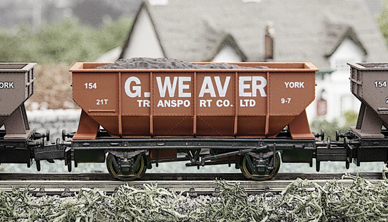 Dapol 2F-034-009 George Weaver 21 Ton Hopper Wagon