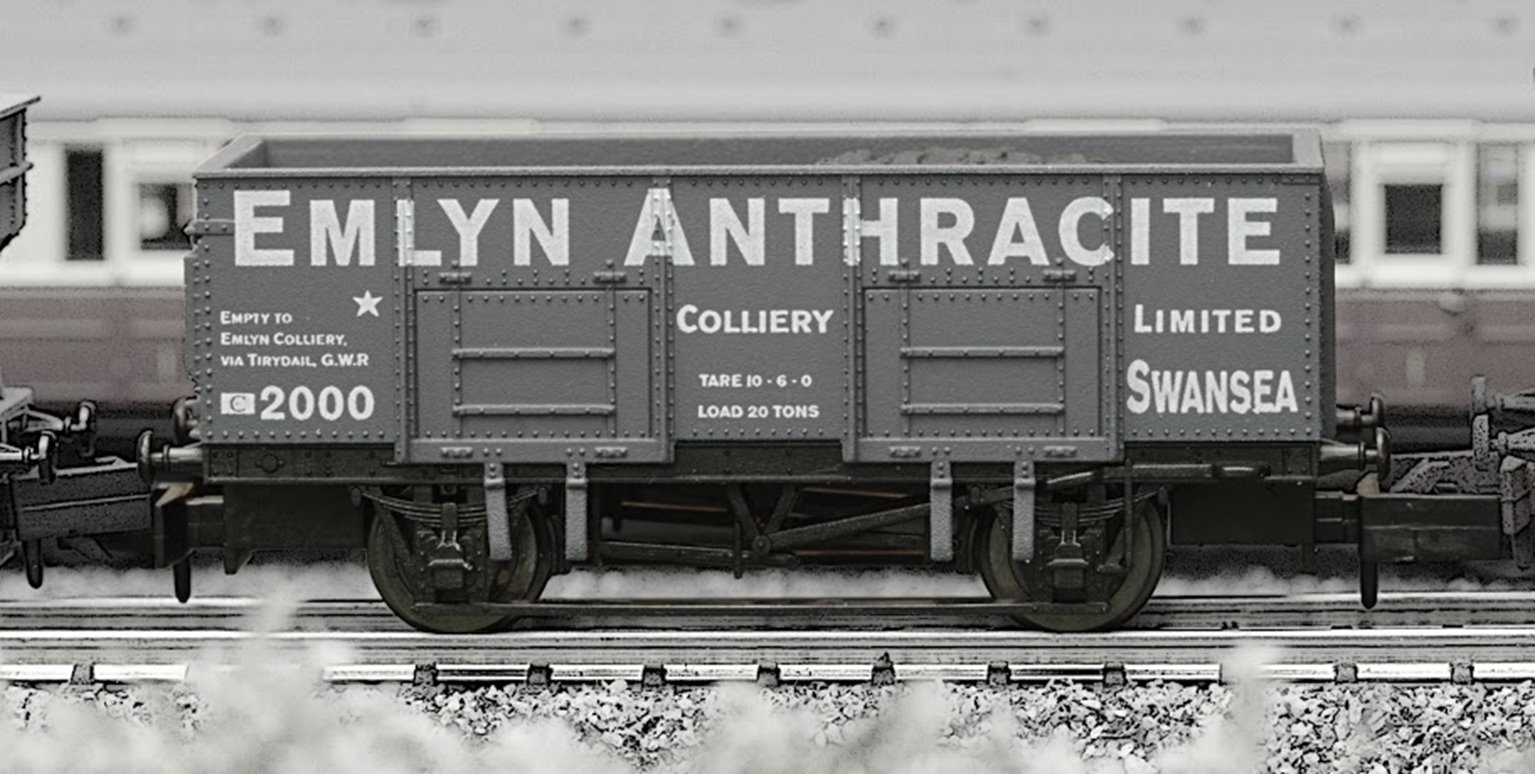 Dapol 2F-038-009 Emlyn Anthracite 20 Ton Steel Mineral Wagon