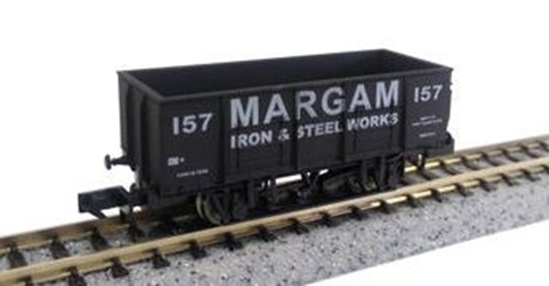 Dapol 2F-038-025 20T Steel Mineral Wagon Margam 157