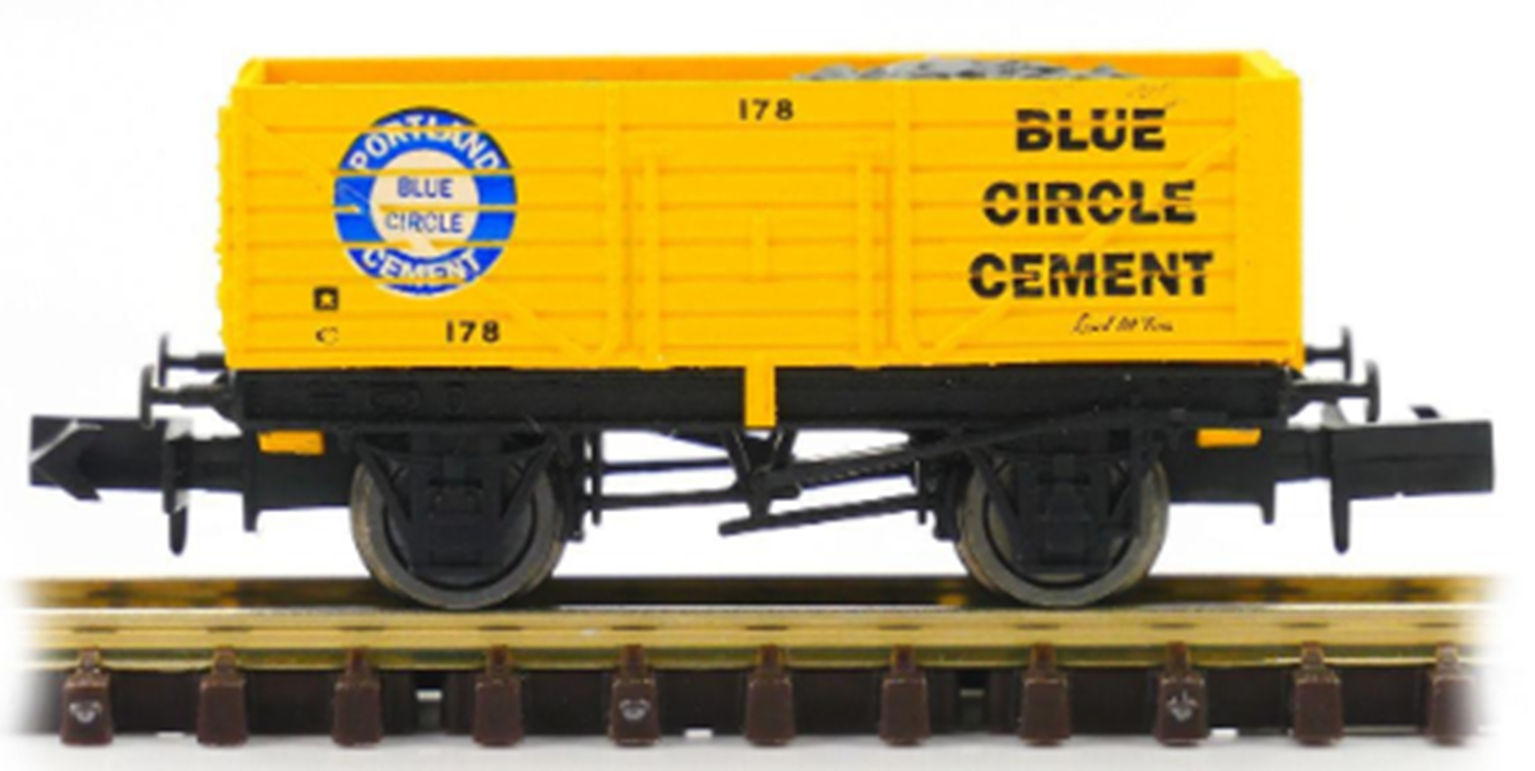 7 Plank Wagon Blue Circle Cement 178