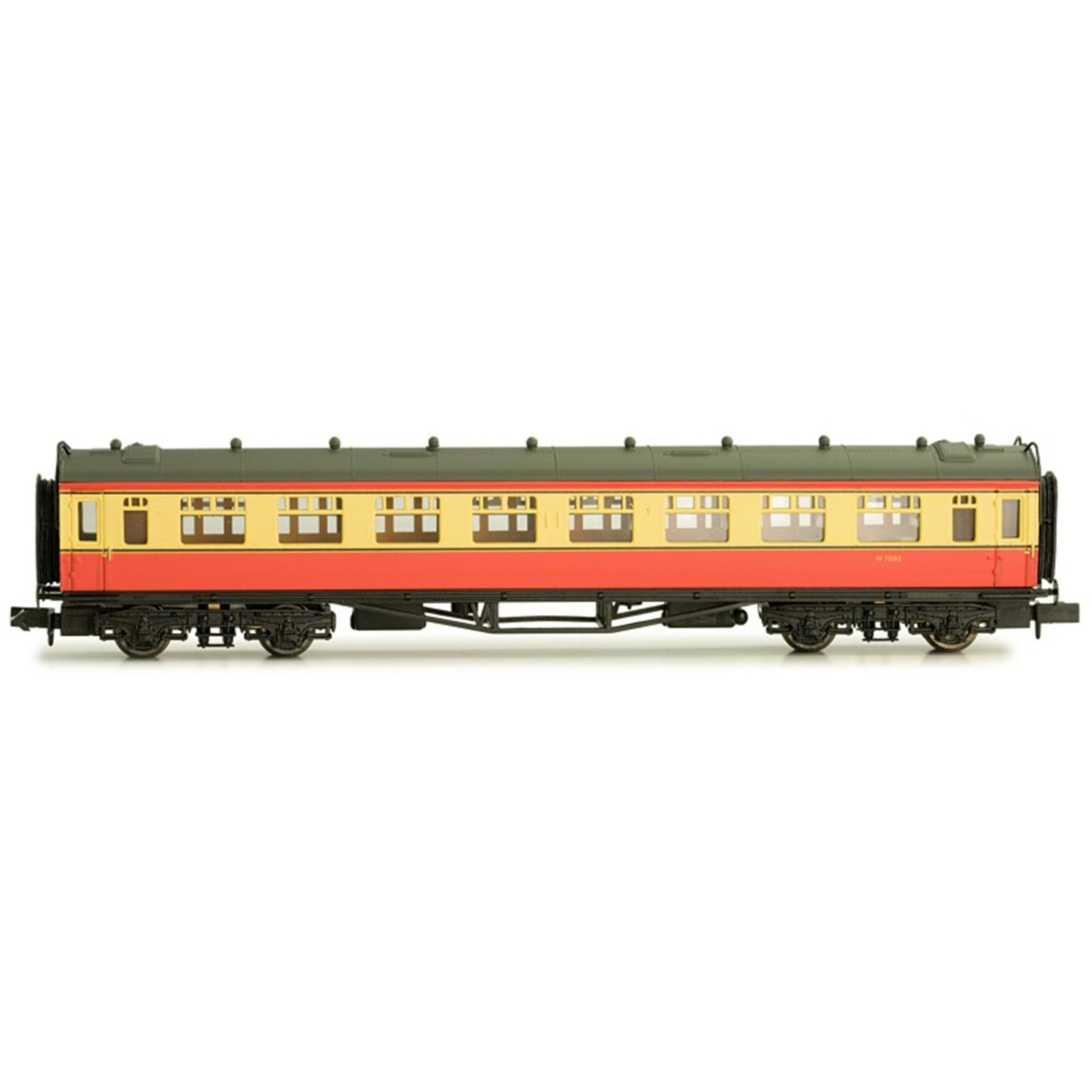 Collett second class W1083 in BR crimson and cream