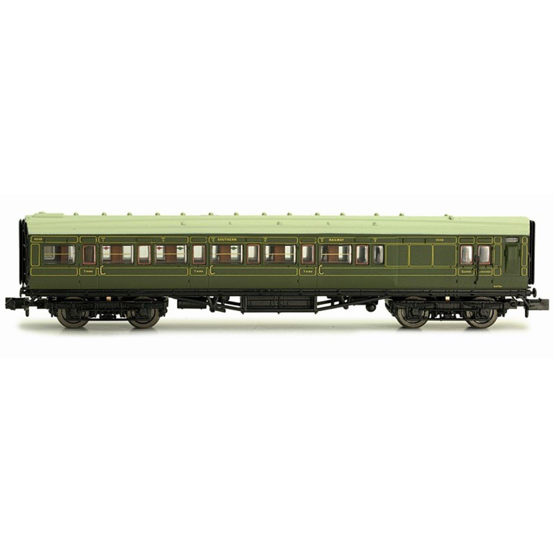 Maunsell Coach SR Brake 3rd Class Lined Green 4048