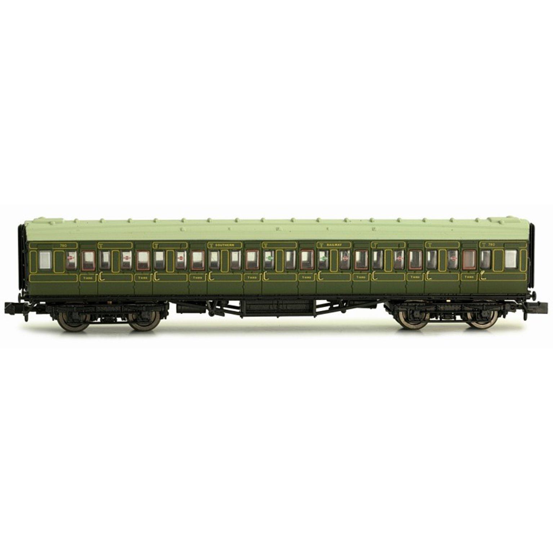 Maunsell Coach SR 3rd Class Lined Green 780
