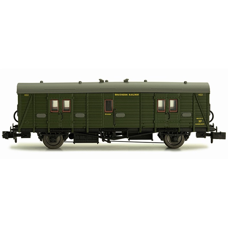Maunsell Coach SR Brake Van Lined Green 422