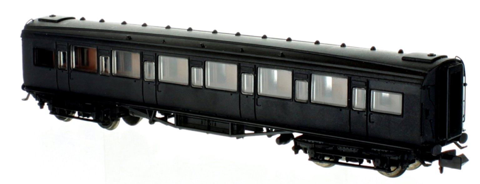 Maunsell High Window FK Coach Lined Olive Green 7228