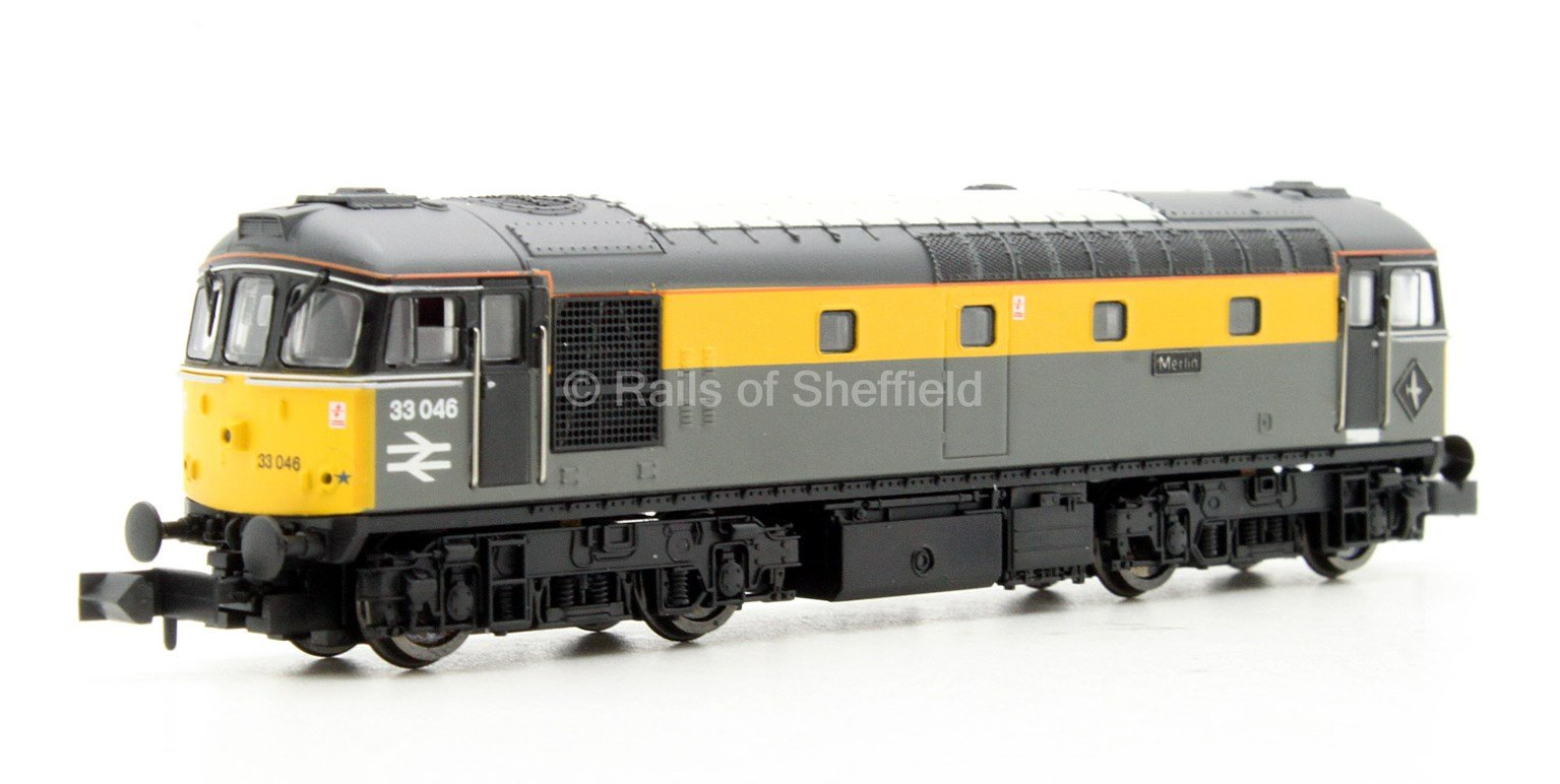 Class 33/0 'Merlin' #33046 Engineers Grey/Yellow 'Dutch' - DCC Fitted