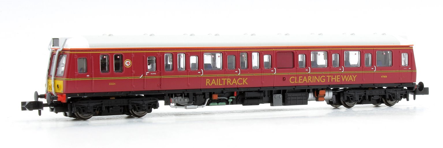 Class 121 977858 Railtrack Maroon	- DCC Fitted