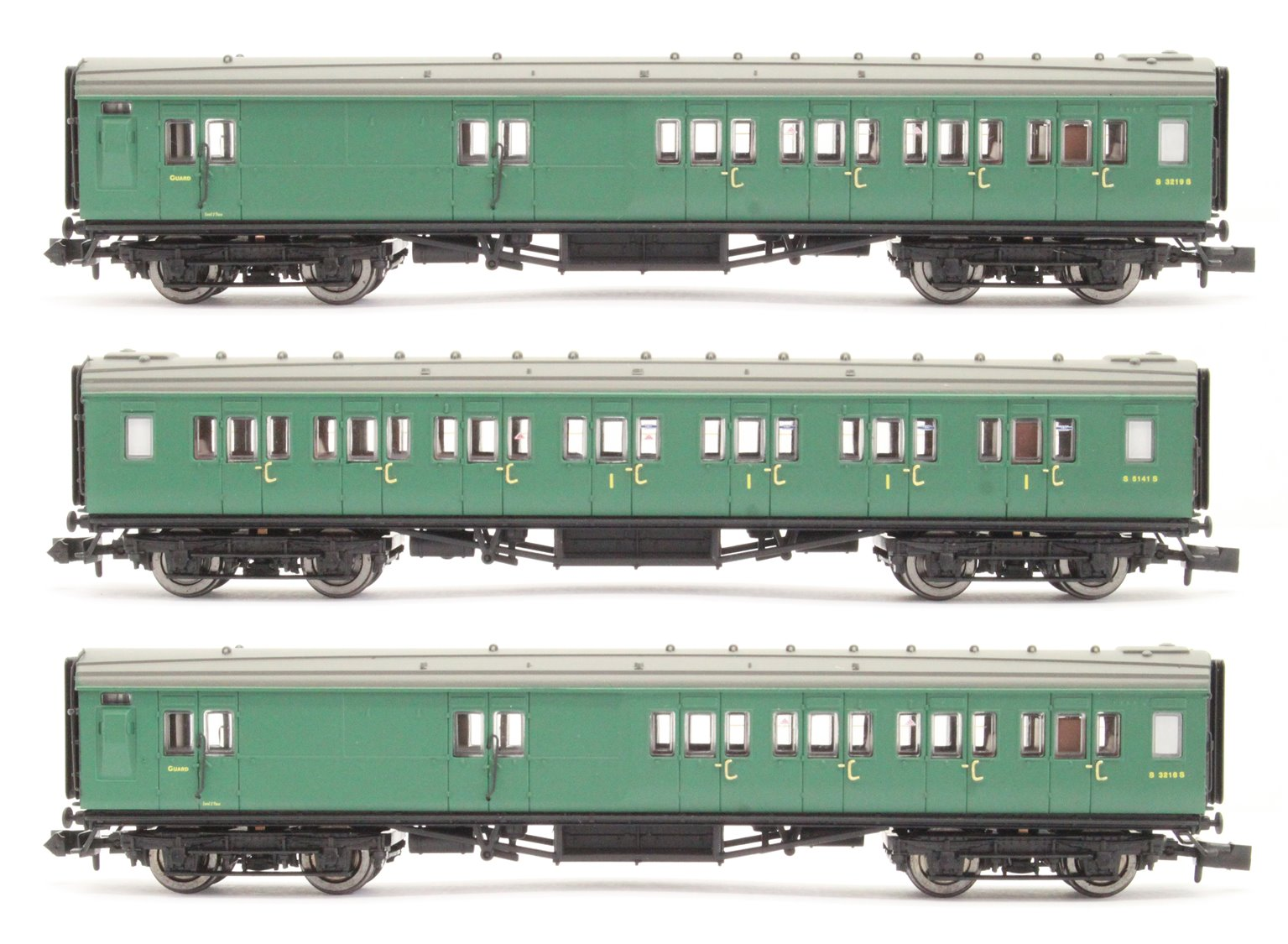 Maunsell Coach Set 392 SR Green (3)