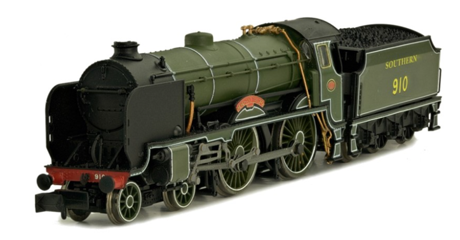'Haileybury' Southern Sage Lined Schools Class 4-4-0 Steam Locomotive No.924 DCC FITTED