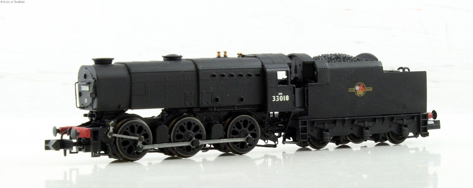 Class Q1 0-6-0 33018 in BR black with late crest. DCC Fitted