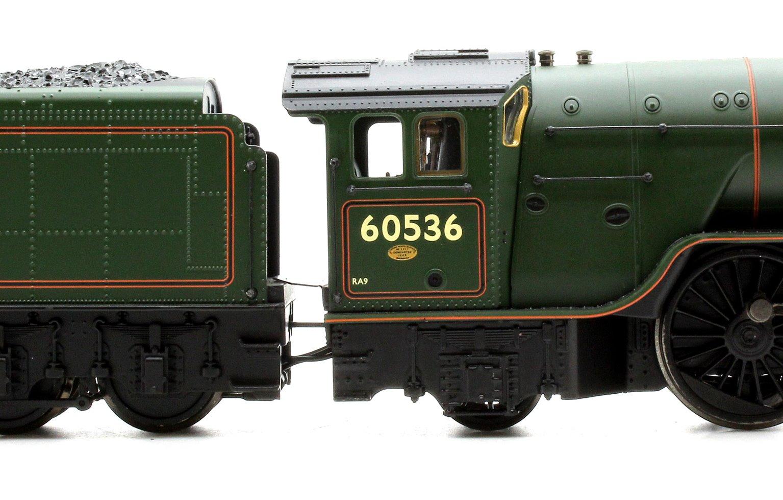 Class A2 60536 'Trimbush' BR Lined Green Early Emblem
