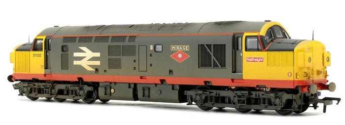 Class 37/0 No. 37032 'Mirage' BR Railfreight Red Stripe - Weathered - DCC Sound