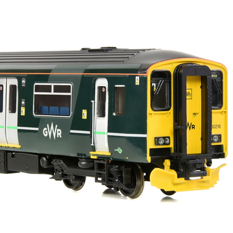 Class 150/2 150232 GWR Green 2 Car DMU with Passengers