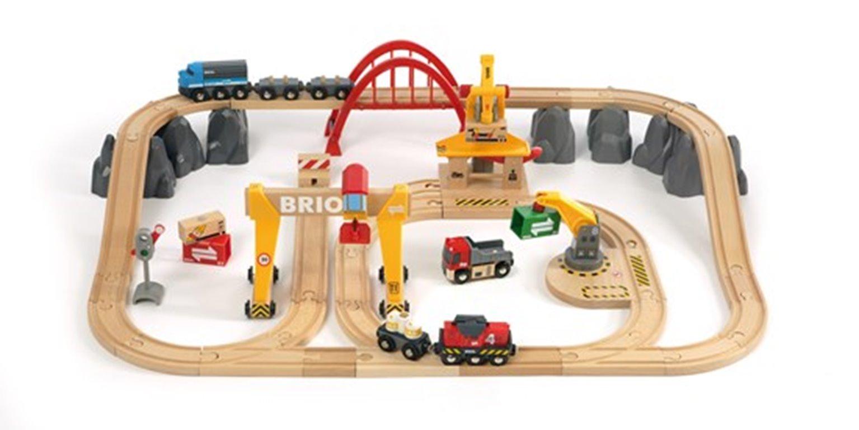 BRIO WORLD - Cargo Railway Deluxe Set