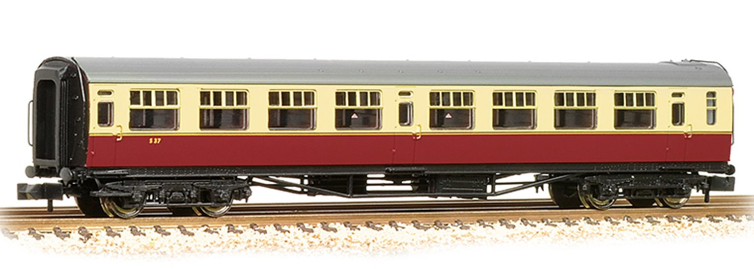"Bulleid Corridor Third  (15"" Vents) in BR Crimson & Cream(Price is estimated - we will notify you if price rises and offer option to cancel)"