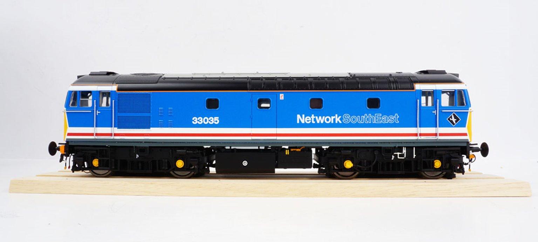 BRCW Type / Class 33 Bo-Bo Diesel (Version 3) Network SouthEast 33035