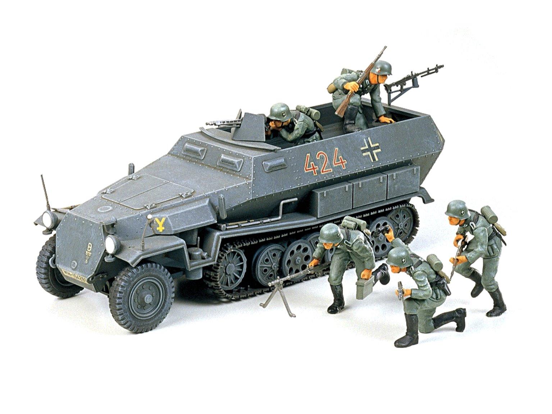 1:35 Military Miniature Series German Hanomag Sd.Kfz. 251/1