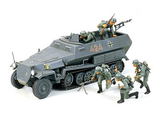 1:35 Military Miniature Series German Hanomag Sd.Kfz. 251/1