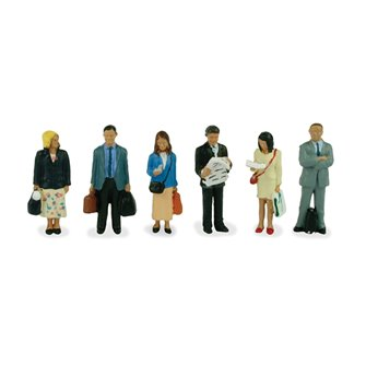 Figures - Station Passengers Standing