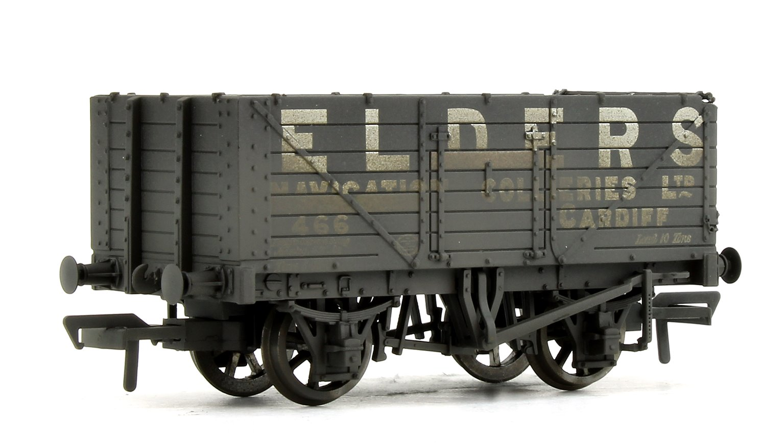 7 Plank Wagons Coal Trader Triple Pack (Weathered)