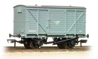 12 Ton Planked Ventilated Van LMS Grey