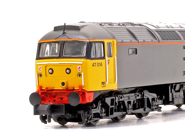 Class 47/0 47018 BR Railfreight Grey (Large Logo) Diesel Locomotive