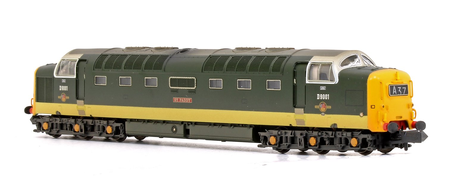 Class 55 Deltic D9001 'St. Paddy' BR Two-Tone Green (Full Yellow Ends) Weathered