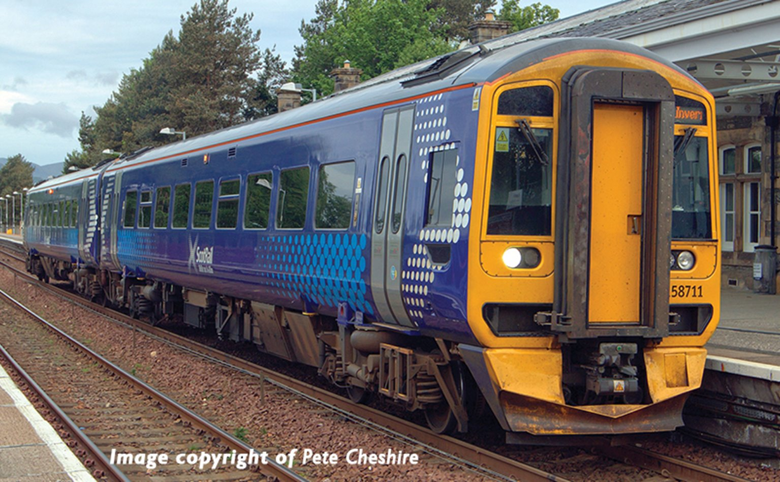 Class 158 2-Car DMU No. 158711 in ScotRail (Saltire) livery(Price is estimated - we will notify you if price rises and offer option to cancel)