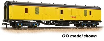 BR Mk1 BG Brake Gangwayed Generator Van Network Rail Yellow