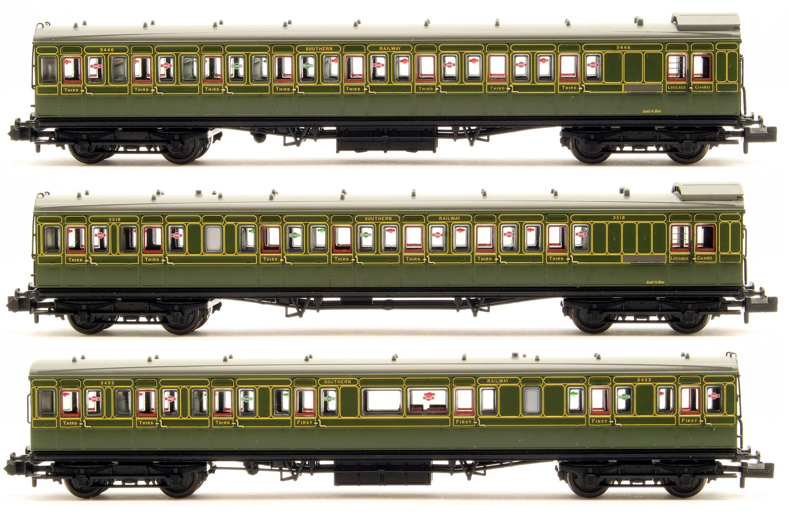 SE&CR 60′ Birdcage Stock 3 Coach Pack Southern Railway Olive Green