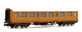 LNER Thompson Composite Corridor LNER Teak Effect No.18510