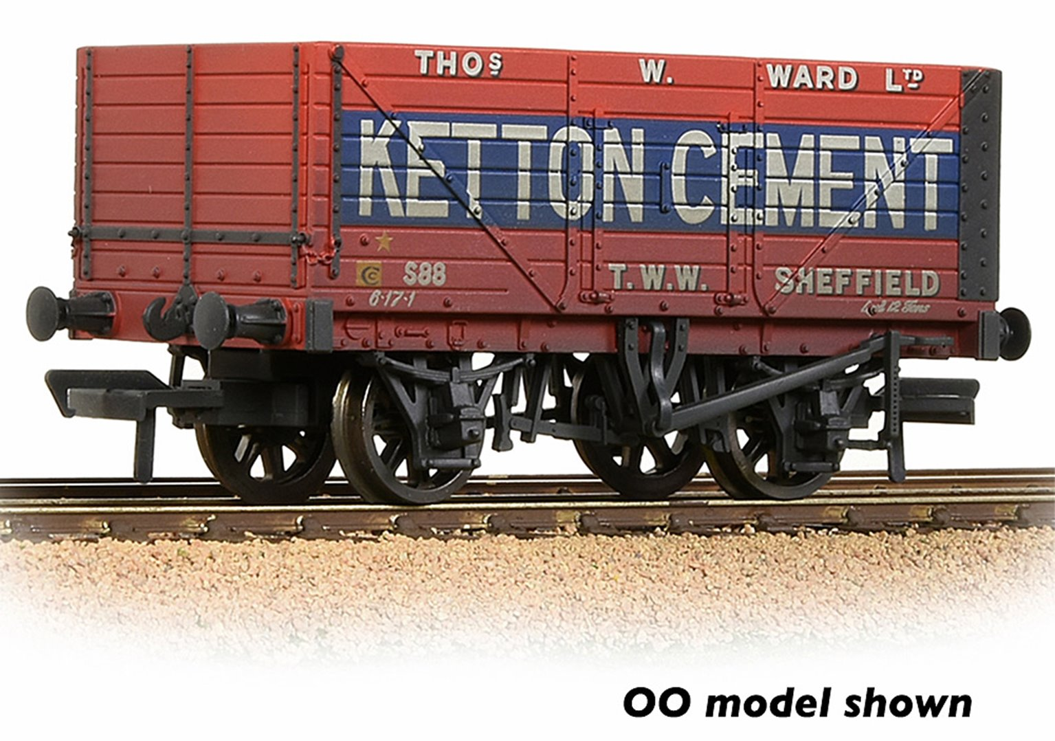8 Plank Wagon End Door 'Ketton Cement' Red Weathered