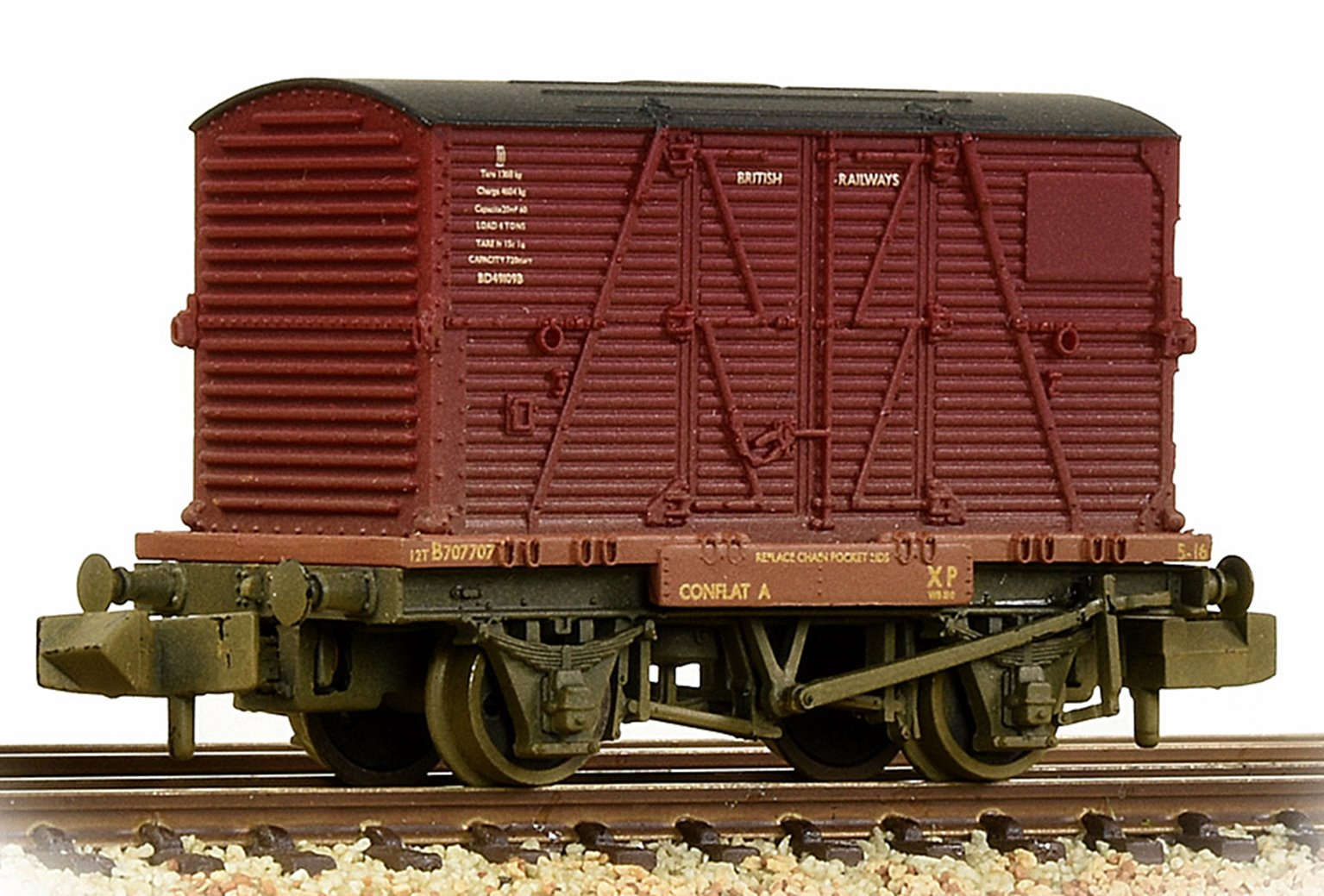 Conflat Wagon BR Bauxite (Early) With BR Crimson BD Container Weathered with Wagon Loads