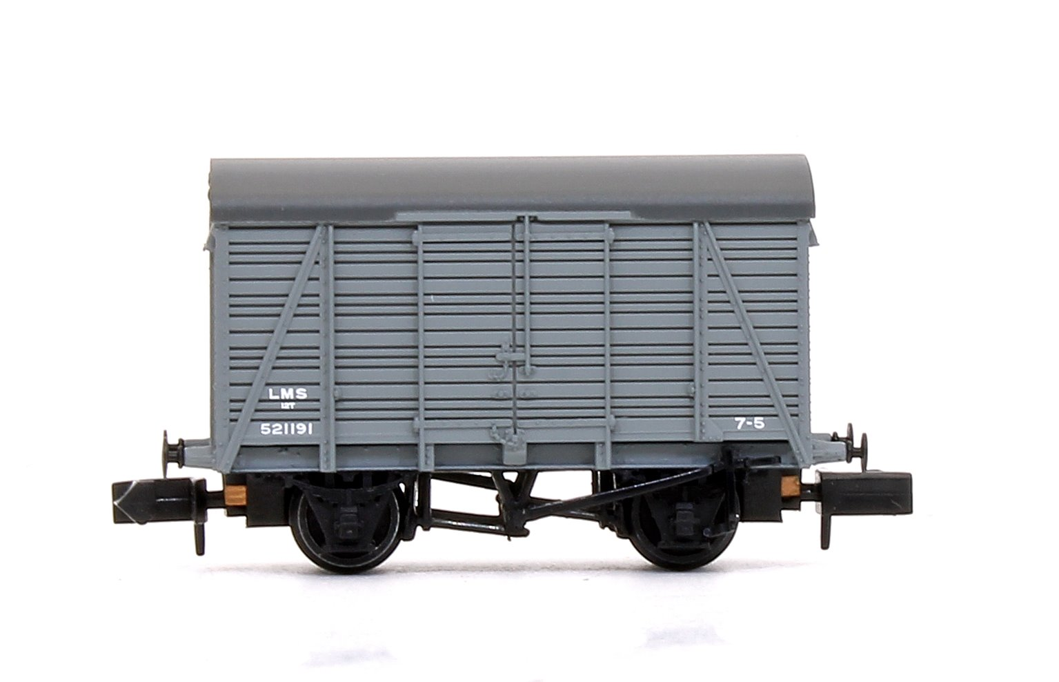 12 Ton Southern 2+2 Planked Ventilated Van LMS Grey