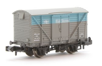 BR 12T Ventilated Van Plywood Doors BR Departmental Rail Stores